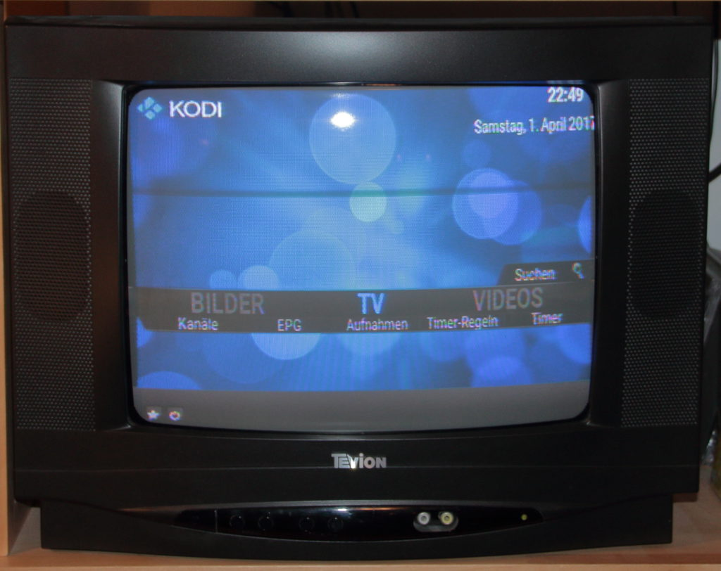 TV set with Confluence 480
